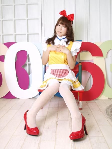 メイド服 ドラミちゃん風  黄色のドレス