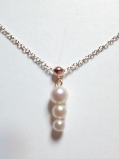 K10 WG 本真珠3ポイント・プチネックレス