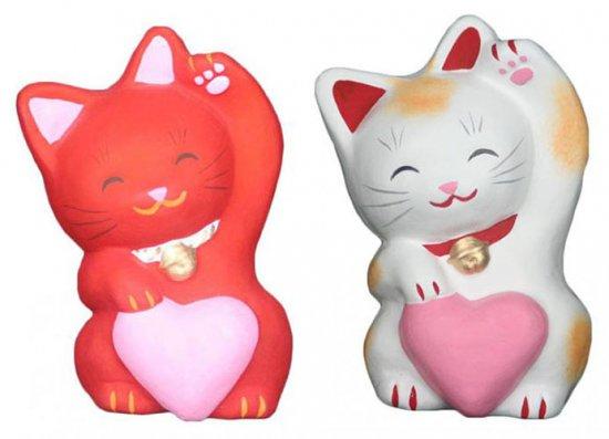 あかねこちゃんとハートちゃん(大きさ約11センチ)招き猫 土人形 置物 風水グッズ 縁起物