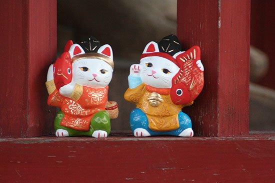 神楽招き猫セット(大きさ約10センチ)土人形 置物 風水グッズ 縁起物 開店祝い 記念品