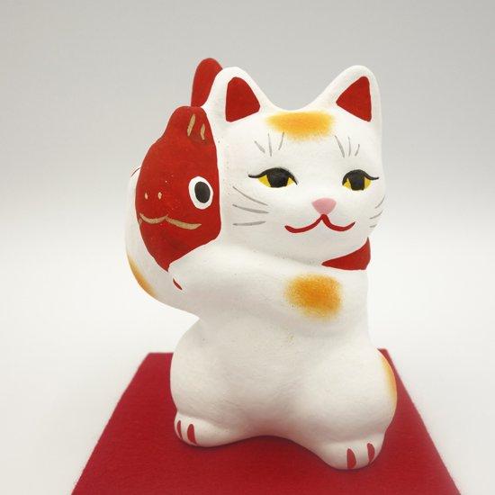 お金がたまる鯛担ぎ招き猫(約10センチ) 土人形 置物 風水グッズ 縁起物 開店祝い 記念品