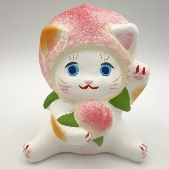 健康運アップのフルーツ招き猫ももちゃん(大きさ約10センチ)土人形 置物 風水グッズ 縁起物