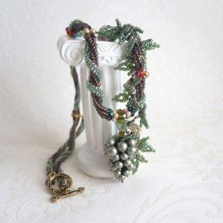 「ぶどうのネックレス(緑)」キット