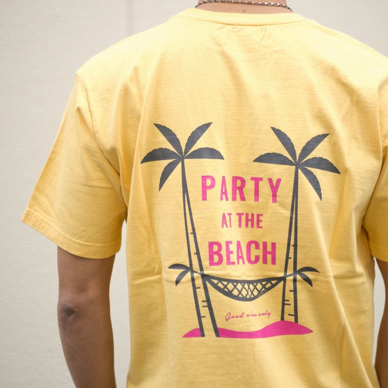 <img class='new_mark_img1' src='https://img.shop-pro.jp/img/new/icons14.gif' style='border:none;display:inline;margin:0px;padding:0px;width:auto;' />S/S TEE『PARTY AT THE BEACH』 (YELLOW)