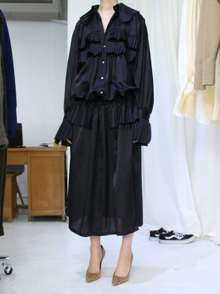 "<img class='new_mark_img1' src='//img.shop-pro.jp/img/new/icons57.gif' style='border:none;display:inline;margin:0px;padding:0px;width:auto;' />JUN MIKAMI "" silk cotton frill one-piece """