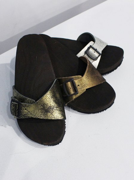 "Needles "" geta sandals with single belt """