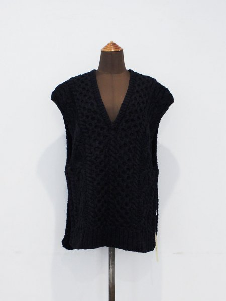 """<img class='new_mark_img1' src='https://img.shop-pro.jp/img/new/icons8.gif' style='border:none;display:inline;margin:0px;padding:0px;width:auto;' />JUN MIKAMI """" knit vest """""""
