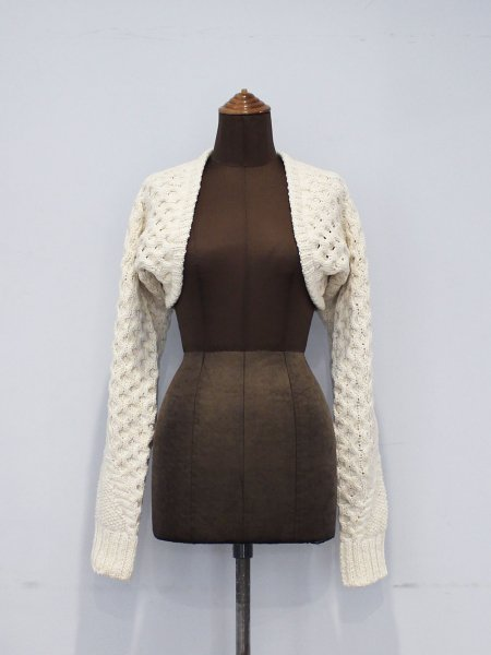 """<img class='new_mark_img1' src='https://img.shop-pro.jp/img/new/icons8.gif' style='border:none;display:inline;margin:0px;padding:0px;width:auto;' />JUN MIKAMI """" knit sleeve """""""