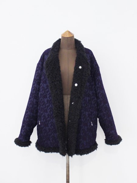"""<img class='new_mark_img1' src='https://img.shop-pro.jp/img/new/icons8.gif' style='border:none;display:inline;margin:0px;padding:0px;width:auto;' />Needles """" Fur Lined Stand Collar Sur Coat - W/R/N Jacquard / Victrian """""""
