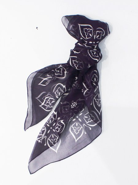 "<img class='new_mark_img1' src='//img.shop-pro.jp/img/new/icons8.gif' style='border:none;display:inline;margin:0px;padding:0px;width:auto;' />Needles "" Bandana Scarf - Silk Crepe / Papillon """