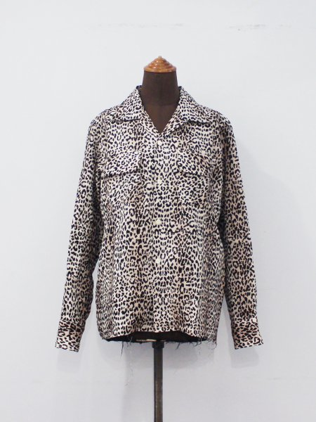 "<img class='new_mark_img1' src='//img.shop-pro.jp/img/new/icons8.gif' style='border:none;display:inline;margin:0px;padding:0px;width:auto;' />Needles "" Cut Off Bottom Classic Shirt - Linen Cloth/Leopard Print """