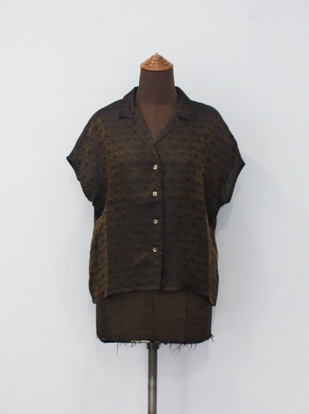 """<img class='new_mark_img1' src='https://img.shop-pro.jp/img/new/icons8.gif' style='border:none;display:inline;margin:0px;padding:0px;width:auto;' />Needles """" French Sleeve Blouse - R/N Jacquard / Arabesque """""""