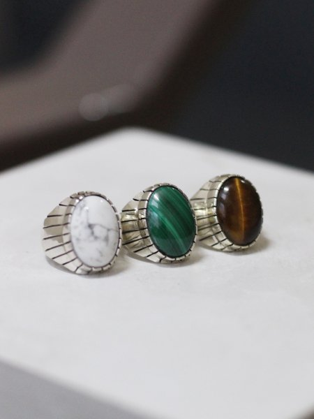 """<img class='new_mark_img1' src='https://img.shop-pro.jp/img/new/icons8.gif' style='border:none;display:inline;margin:0px;padding:0px;width:auto;' />Clifford Lewis / Navajo """" Stone Ring """""""