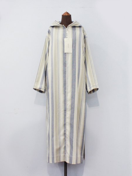 "<img class='new_mark_img1' src='//img.shop-pro.jp/img/new/icons8.gif' style='border:none;display:inline;margin:0px;padding:0px;width:auto;' />WRYHT "" Cone Hooded Maxi Tunic """