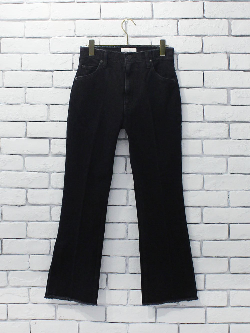 "<img class='new_mark_img1' src='https://img.shop-pro.jp/img/new/icons8.gif' style='border:none;display:inline;margin:0px;padding:0px;width:auto;' />PHEENY "" Vintage denim flared pants """
