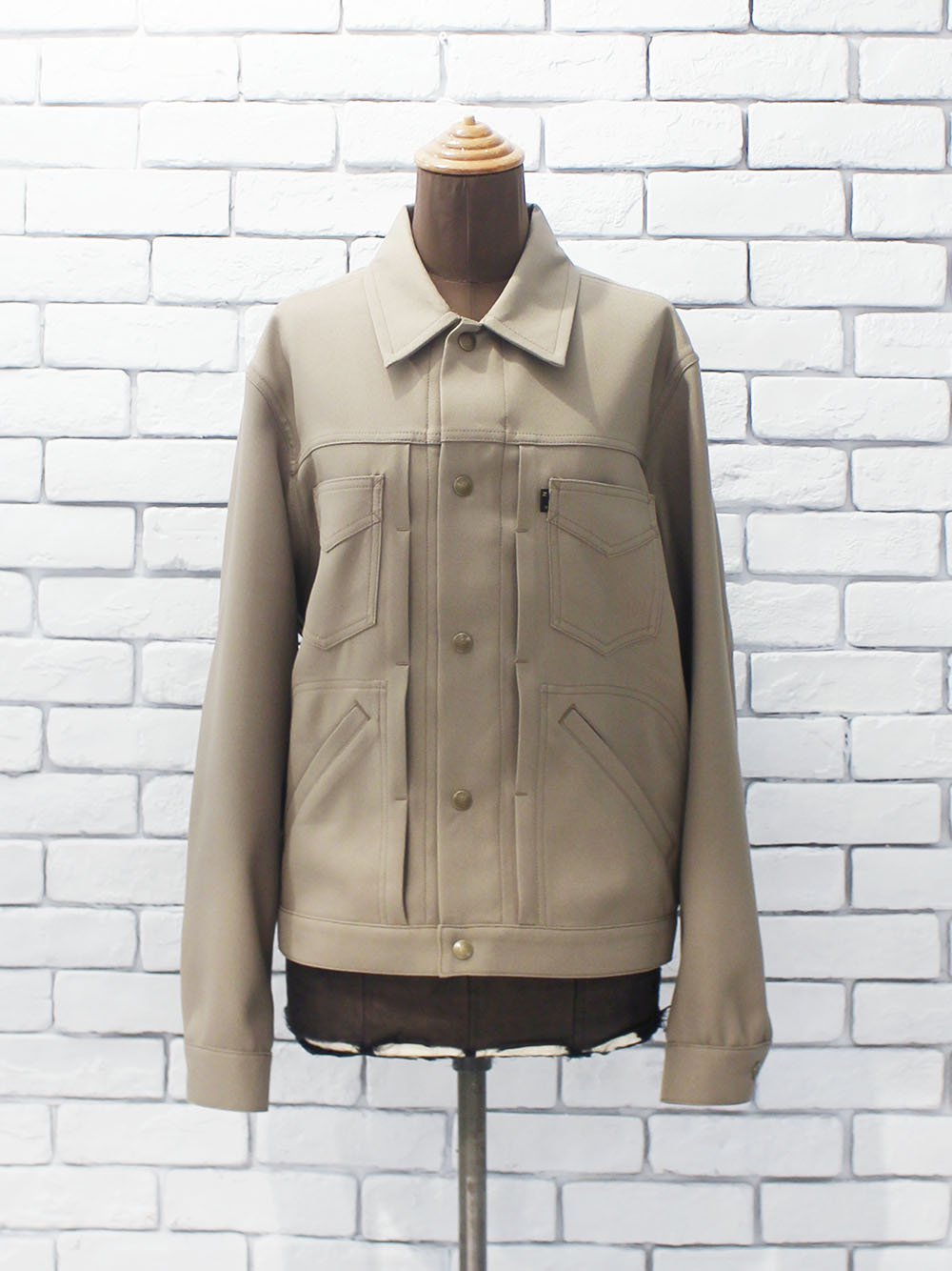 "<img class='new_mark_img1' src='https://img.shop-pro.jp/img/new/icons8.gif' style='border:none;display:inline;margin:0px;padding:0px;width:auto;' />Needles "" Penny Jean Jacket - Poly Twill (khaki) """