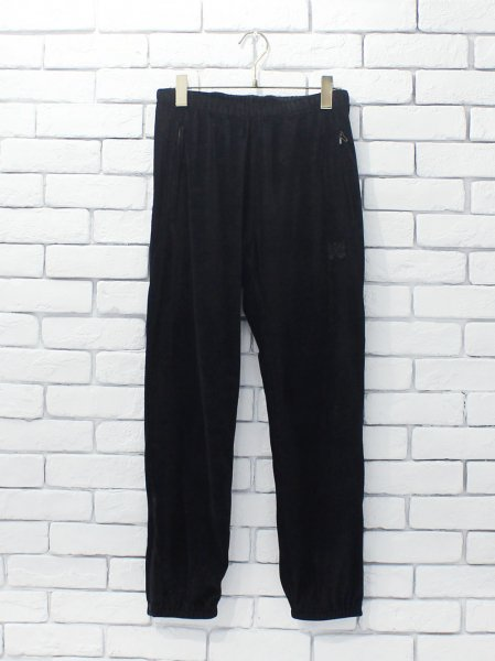 "<img class='new_mark_img1' src='https://img.shop-pro.jp/img/new/icons8.gif' style='border:none;display:inline;margin:0px;padding:0px;width:auto;' />Needles "" Zipped Sweat Pant - C/Pe Velour """