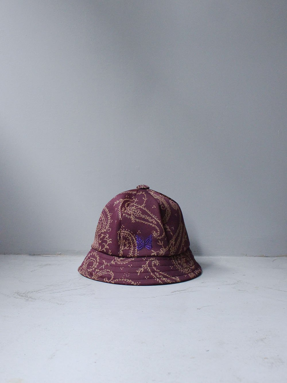 """<img class='new_mark_img1' src='https://img.shop-pro.jp/img/new/icons8.gif' style='border:none;display:inline;margin:0px;padding:0px;width:auto;' />Needles """" BERMUDA HAT - POLY JQ.(PAISLEY)"""""""