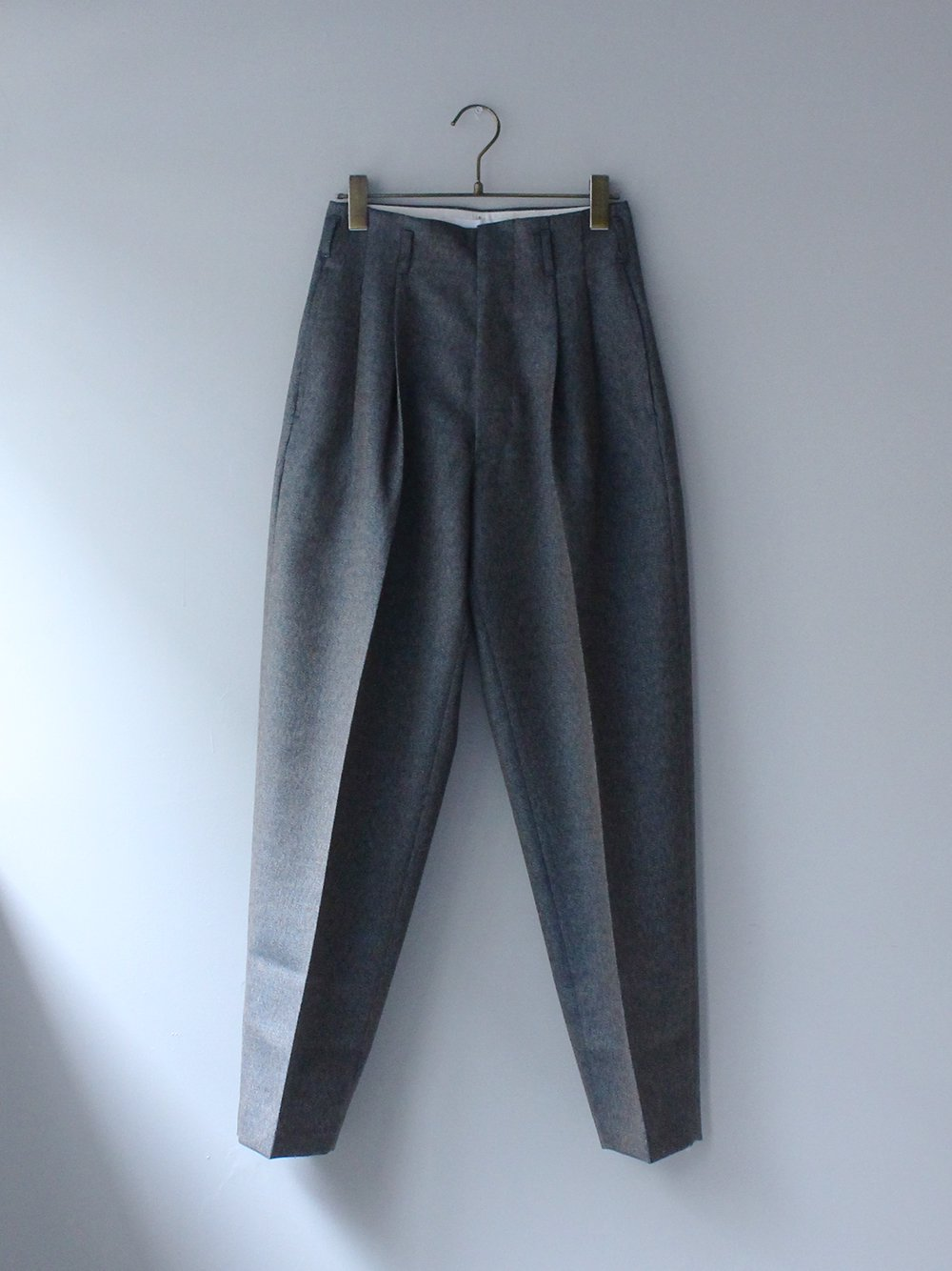 """<img class='new_mark_img1' src='https://img.shop-pro.jp/img/new/icons8.gif' style='border:none;display:inline;margin:0px;padding:0px;width:auto;' />FILL THE BILL"""" WOOL TWISTCOLLOR TROUSER (BLUE BEIGE MIX)"""