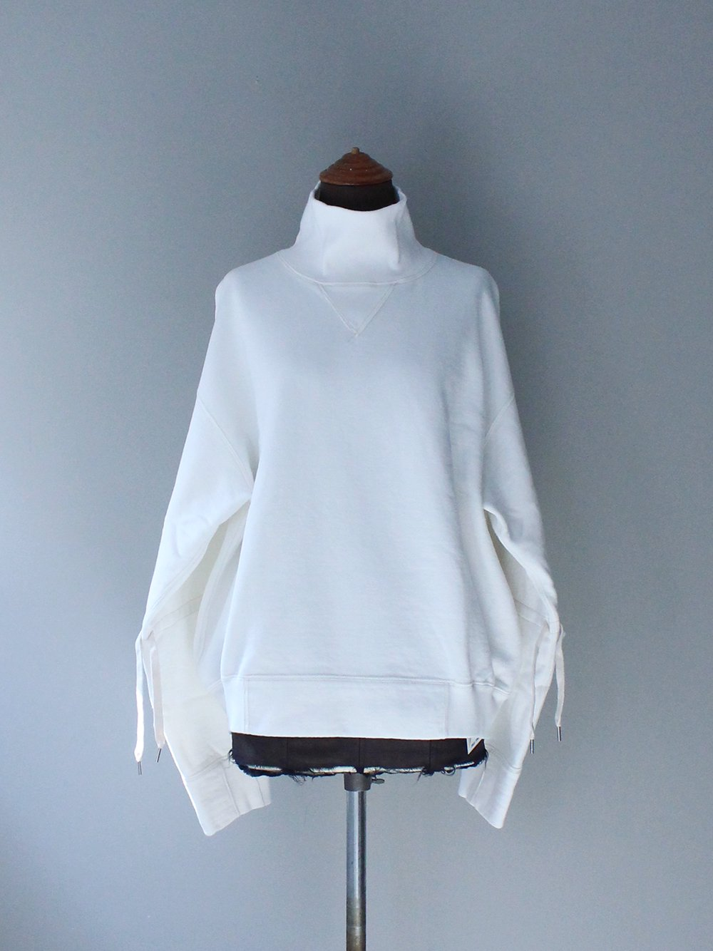 """<img class='new_mark_img1' src='https://img.shop-pro.jp/img/new/icons8.gif' style='border:none;display:inline;margin:0px;padding:0px;width:auto;' />FILL THE BILL"""" HEAVY COTTON TURTLE SWEAT (WHITE)"""