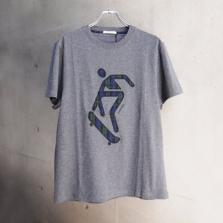 <img class='new_mark_img1' src='//img.shop-pro.jp/img/new/icons16.gif' style='border:none;display:inline;margin:0px;padding:0px;width:auto;' />CARVEN HOMME T-SHIRTS CVH BRODE TARTA カルヴェンオム Tシャツ