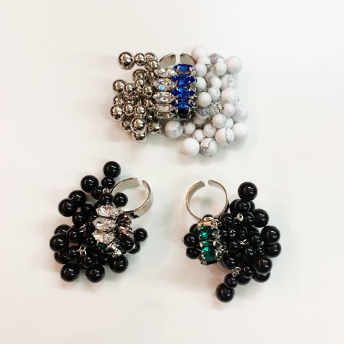 <img class='new_mark_img1' src='https://img.shop-pro.jp/img/new/icons16.gif' style='border:none;display:inline;margin:0px;padding:0px;width:auto;' />TOGA PULLA Beads ring トーガプルラ ビーズ リング