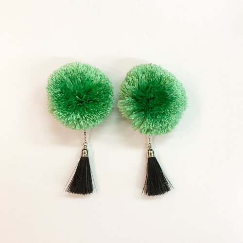 <img class='new_mark_img1' src='https://img.shop-pro.jp/img/new/icons16.gif' style='border:none;display:inline;margin:0px;padding:0px;width:auto;' />TOGA PULLA Motif earrings トーガプルラ モチーフイヤリング