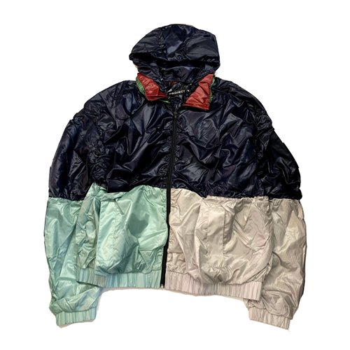 <img class='new_mark_img1' src='//img.shop-pro.jp/img/new/icons16.gif' style='border:none;display:inline;margin:0px;padding:0px;width:auto;' />Y/PROJECT NYLON BOMBER JACKET ワイプロジェクト ナイロンボンバー ジャケット