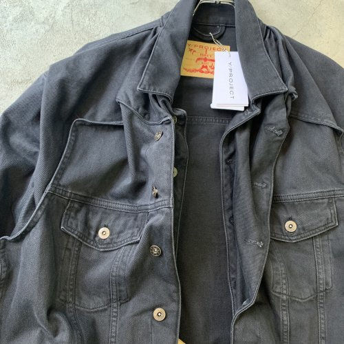 <img class='new_mark_img1' src='//img.shop-pro.jp/img/new/icons16.gif' style='border:none;display:inline;margin:0px;padding:0px;width:auto;' />Y/PROJECT POPUP DENIM JACKET ワイプロジェクト ポップアップデニムジャケット