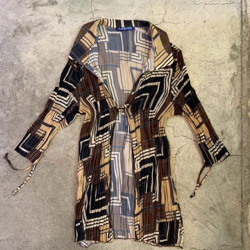 <img class='new_mark_img1' src='https://img.shop-pro.jp/img/new/icons1.gif' style='border:none;display:inline;margin:0px;padding:0px;width:auto;' />VINTAGE PAISLEY CARDIGAN ヴィンテージ ペイズリー カーディガン