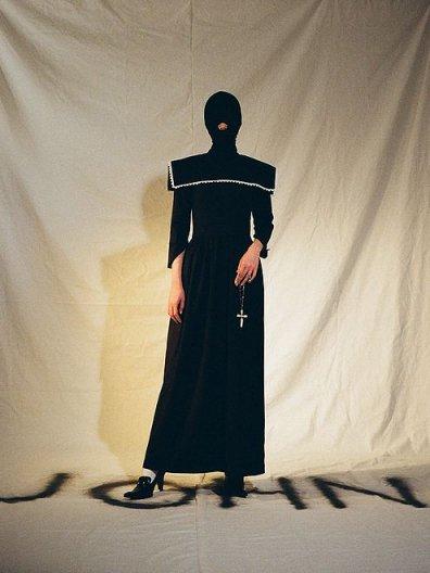 JOHN NAVY STRIPED DRESS WITH PILGRIM COLLAR ジョン ネイビーストライプドレス ピルグリムカラー