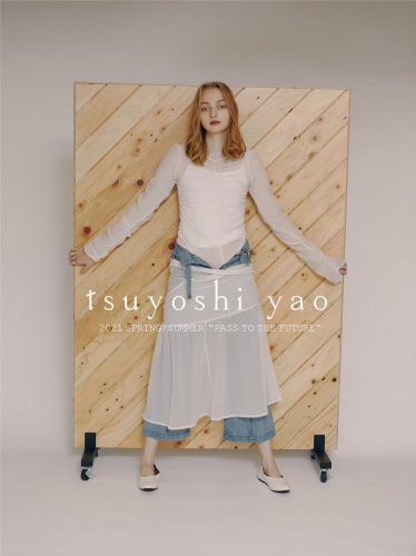 <img class='new_mark_img1' src='https://img.shop-pro.jp/img/new/icons16.gif' style='border:none;display:inline;margin:0px;padding:0px;width:auto;' />tsuyoshi yao tokyo Gather Tops ツヨシ ヤオ ギャザートップ