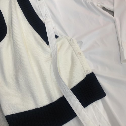 <img class='new_mark_img1' src='https://img.shop-pro.jp/img/new/icons16.gif' style='border:none;display:inline;margin:0px;padding:0px;width:auto;' />DELADA SHIRT WITH KNITTED VEST デラダ ベスト付きシャツ