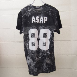 <img class='new_mark_img1' src='https://img.shop-pro.jp/img/new/icons16.gif' style='border:none;display:inline;margin:0px;padding:0px;width:auto;' />ELEVEN PARIS MENS ASAP T-shirt イレブン・パリ ASAP Tシャツ