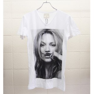<img class='new_mark_img1' src='//img.shop-pro.jp/img/new/icons16.gif' style='border:none;display:inline;margin:0px;padding:0px;width:auto;' />ELEVEN PARIS MEN T-Shirts KATE MOSS イレブンパリ メンズ Tシャツ ケイト・モス