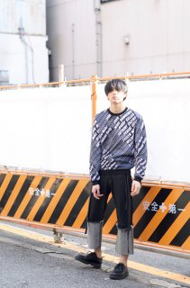 <img class='new_mark_img1' src='//img.shop-pro.jp/img/new/icons16.gif' style='border:none;display:inline;margin:0px;padding:0px;width:auto;' />CARVEN HOMME GRAPHIC SWEAT カルヴェン オム グラフィック スウェット