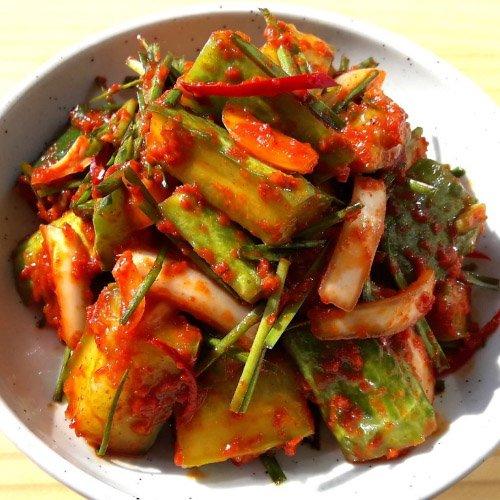 国内生産 手作り ウリ 胡瓜 カット キムチ 1kg