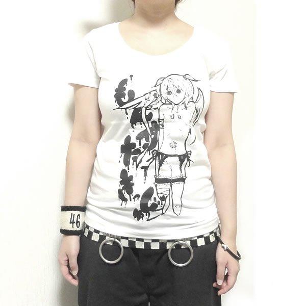 【首周り広め】達磨少女 Tシャツ