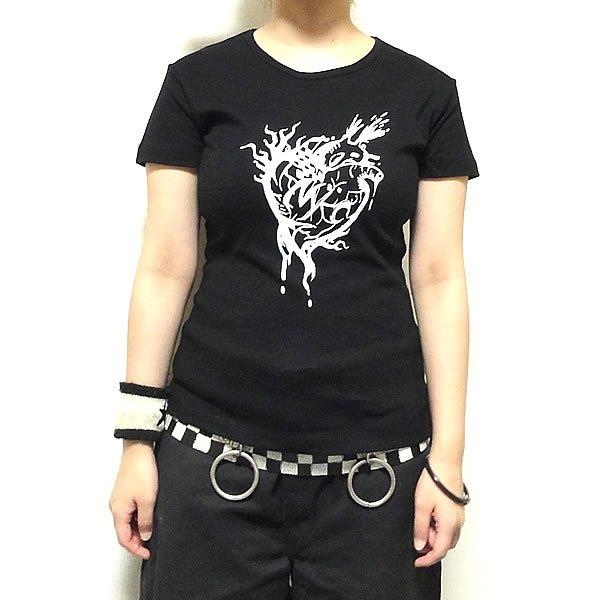 【女性らしいAライン】ハートブレイク Tシャツ
