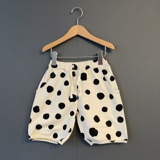 arkakama BASIC : THIS IS a DOT  HALF PANTS