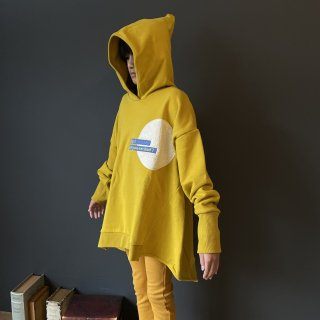 <img class='new_mark_img1' src='https://img.shop-pro.jp/img/new/icons16.gif' style='border:none;display:inline;margin:0px;padding:0px;width:auto;' />arkakama 21AW / TONGARI HOODIE (D.YELLOW)