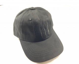 <img class='new_mark_img1' src='https://img.shop-pro.jp/img/new/icons15.gif' style='border:none;display:inline;margin:0px;padding:0px;width:auto;' />BLACK TRIANGLE DAD HAT