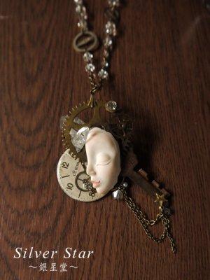 鍵の妖精ネックレス