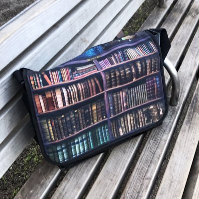 移動図書鞄