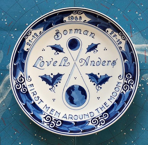 ROYAL DELFT 「First Men Around the Moon」記念プレート