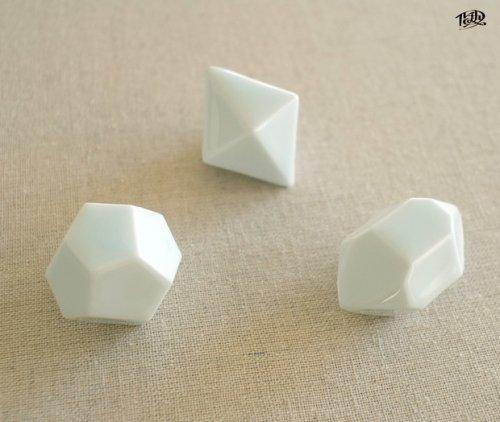 「結晶形態図×波佐見焼【白磁】」ルーチカ