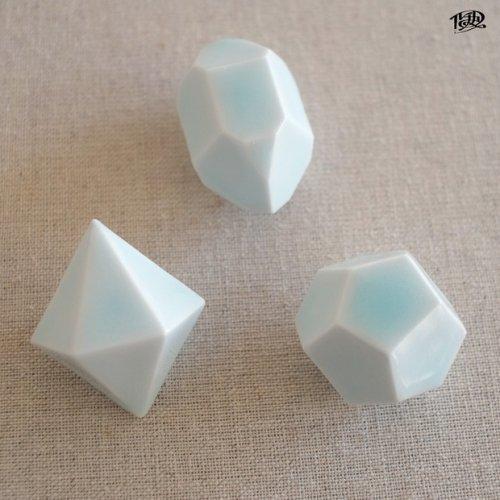 「結晶形態図×波佐見焼【青磁】」ルーチカ