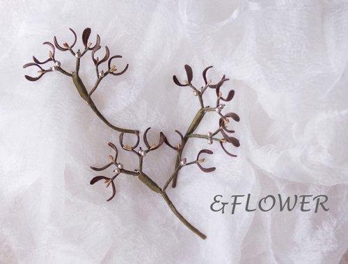 「宿り木のブローチ」&FLOWER