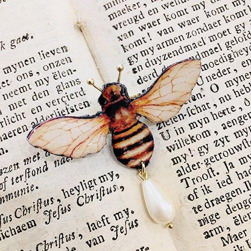「蜂ブローチ」MYSTIC