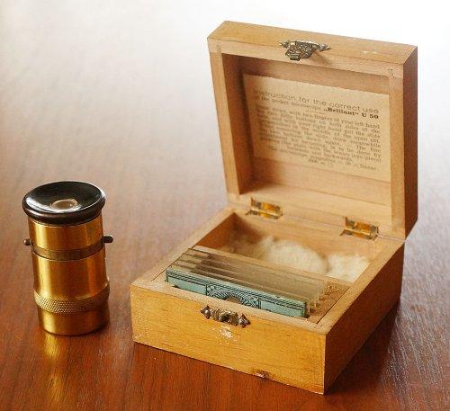 ポケットサイズの顕微鏡/ドイツ製